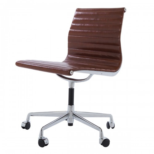 Eames officechair EA105 on castors leather antique