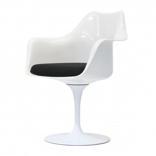 Eero Saarinen Tulip chair dining chair