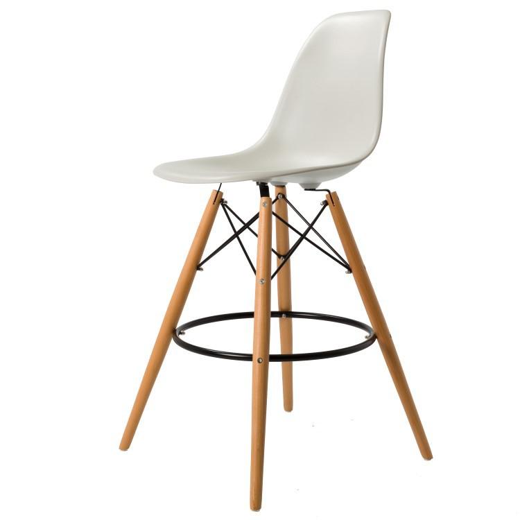 Très Charles Eames tabouret. DDSW tapis. Design tabouret. SG74