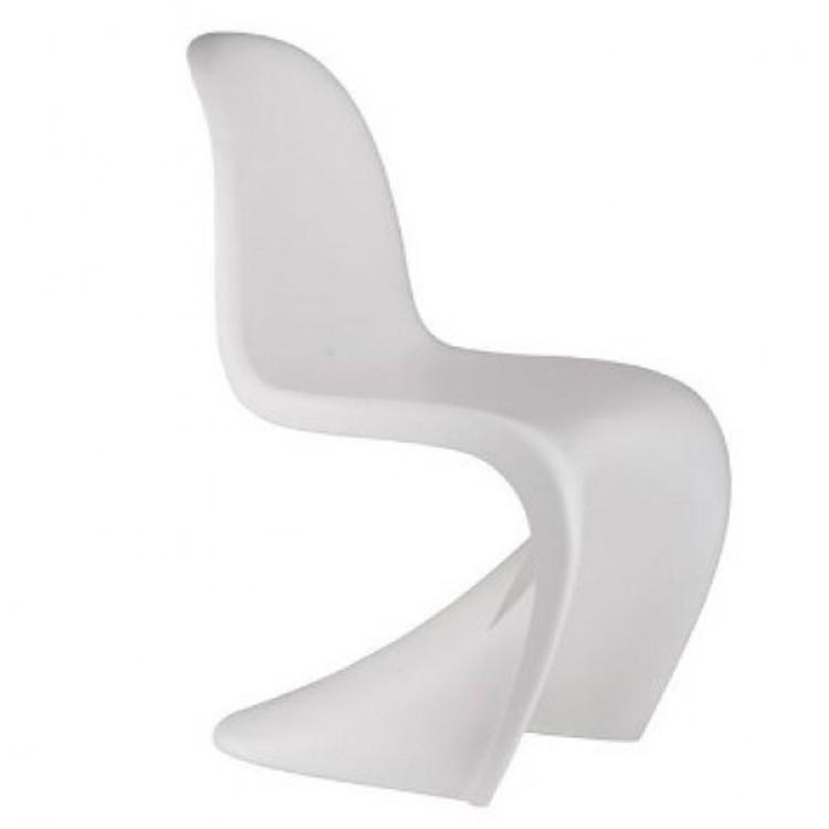 Verner Panton barnestol. Panton stol Junior. Design barnestol.