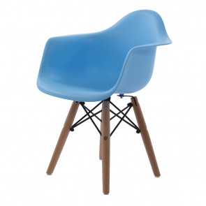 Eames children chair DAW Junior light blue