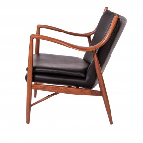Finn Juhl lounge chair 45 walnut frame leather black