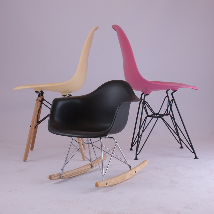 charles eames fauteuil bascule rar enfants design fauteuil bascule. Black Bedroom Furniture Sets. Home Design Ideas